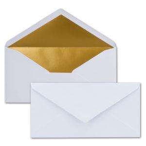 Briefumschlag DL, Farbe: weiß, Grammatur: 120 g/m², spitze Klappe, Naßklebung, Seidenfutter: gold