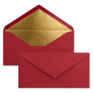 Briefumschlag DL, Farbe: weihnachtsrot, Grammatur: 120 g/m², spitze Klappe, Naßklebung, Seidenfutter: gold