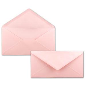 Umschlag DL, Farbe: rosa, Grammatur: 120 g/m², spitze Klappe, Naßklebung