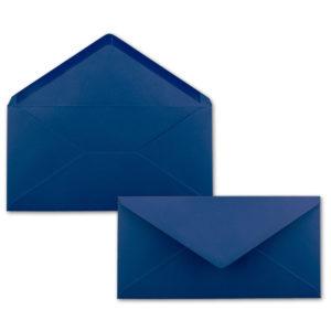 Umschlag DL, Farbe: nachtblau, Grammatur: 110 g/m², spitze Klappe, Naßklebung