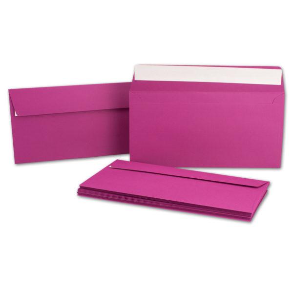 Umschlag DL, Farbe amarena, mit Haftklebung, Grammatur: 110 g/m²