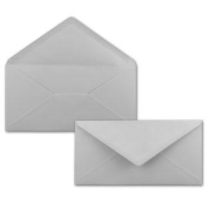 Umschlag DL, Farbe: hellgrau, Grammatur: 120 g/m², spitze Klappe, Naßklebung