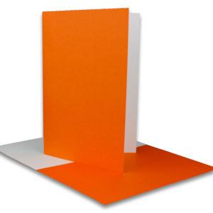 Einlegeblatt weiß, 1. Seite orange bedruckt, Grammatur: 90/m², B6