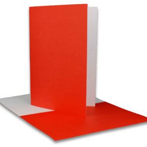 Einlegeblatt weiß, 1. Seite rot bedruckt, Grammatur: 90/m², B6