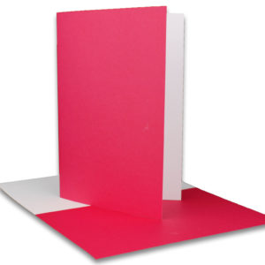 Einlegeblatt weiß, 1. Seite magenta bedruckt, Grammatur: 90/m², B6