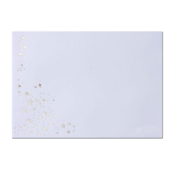 Umschlag B6, Farbe: weiß mit Foliensternen silber, Grammatur: 100 g/m², spitze Klappe, Nassklebung