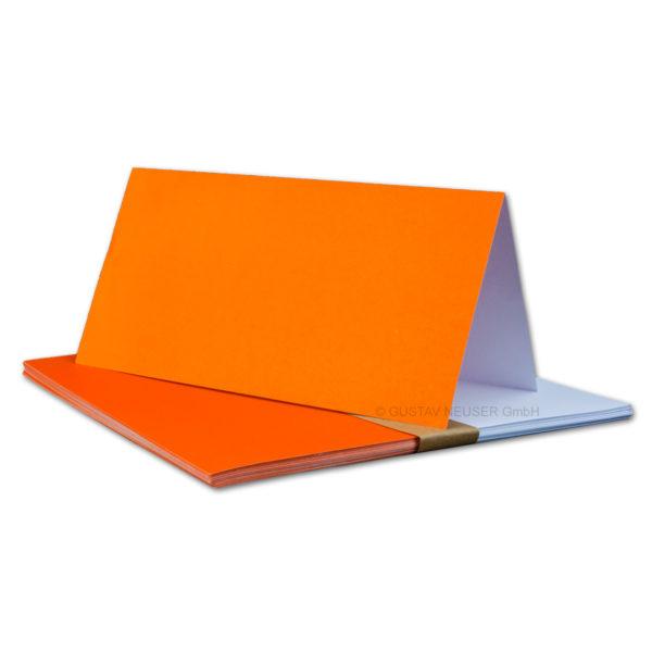 Einlegeblatt weiß, 1. Seite orange bedruckt, Grammatur: 90/m², DL