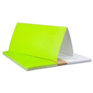 Einlegeblatt weiß, 1. Seite grün bedruckt, Grammatur: 90/m², DL